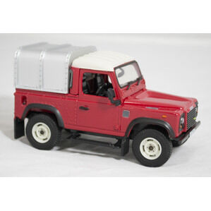 Britains Land Rover Defender Toy 1:16 Red Big Farm